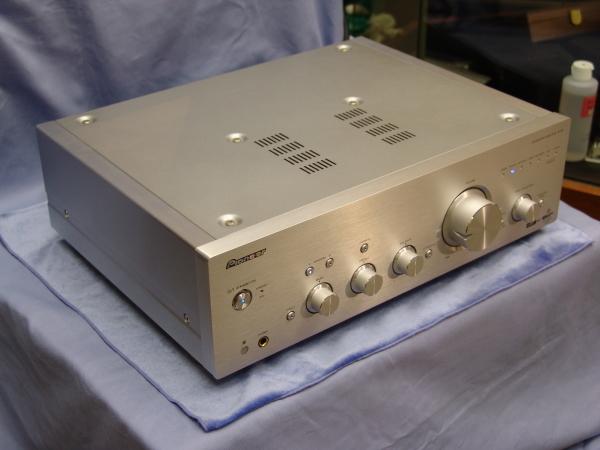 A-70S01