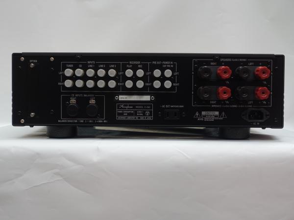 E260S03